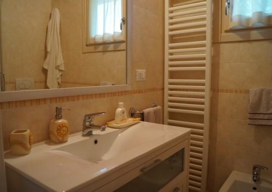 Casa Belvedere Met Zwembad In Solto Collina